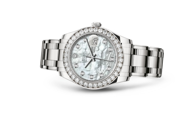 Pearlmaster 39 - White mother-of-pearl set with diamonds, white gold and diamonds